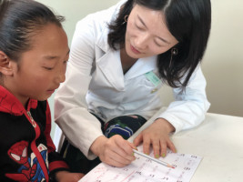 基金會 馬思維醫師提供語言治療